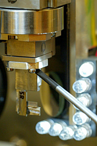 Close-up: installation of new waveguide at GINIX instrument.